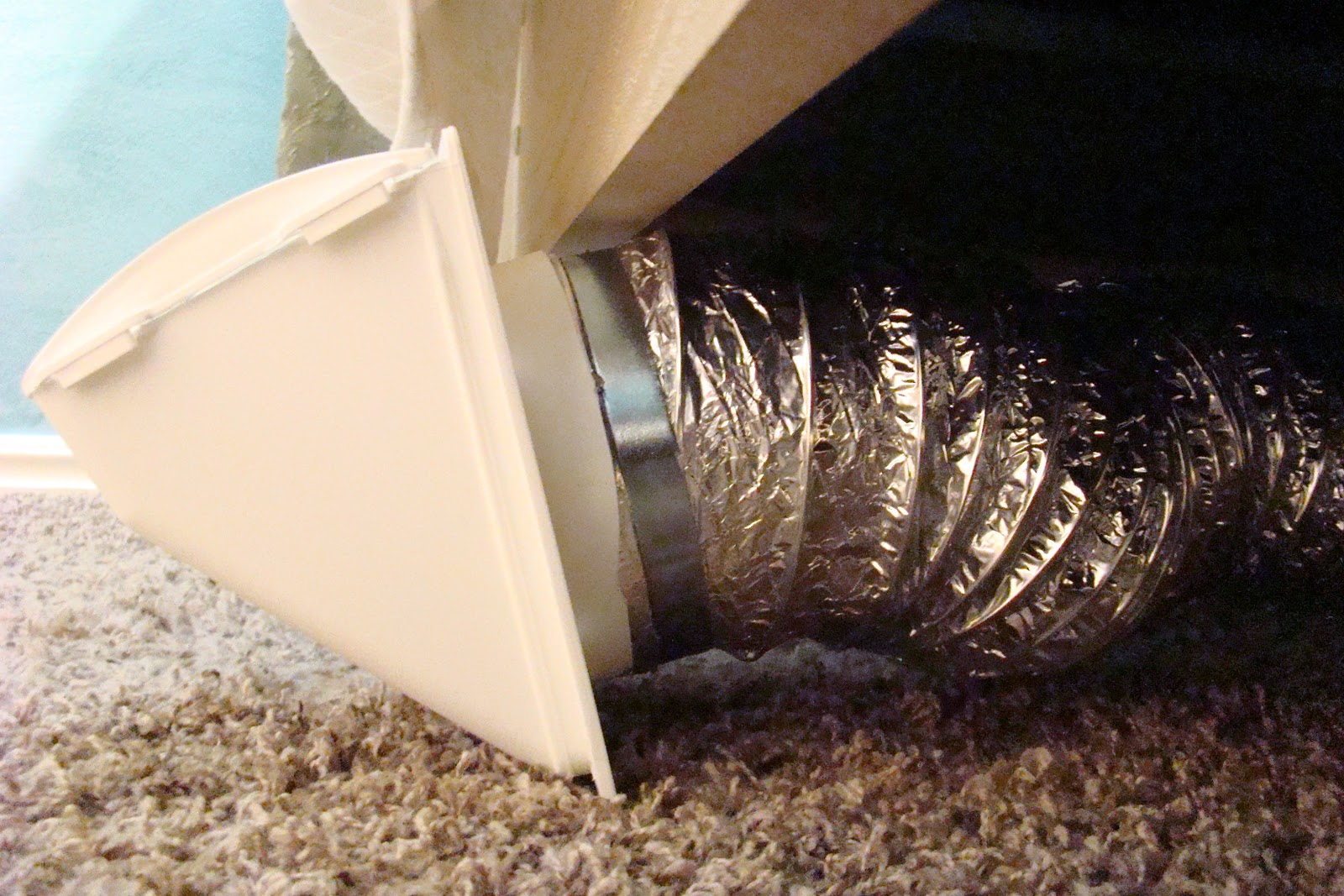 Decker Family New Invention Under The Bed Venting