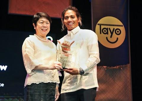 Sun Crew wins Coca-Cola Barkada Award for Innovative Programs to Empower Children and Communities