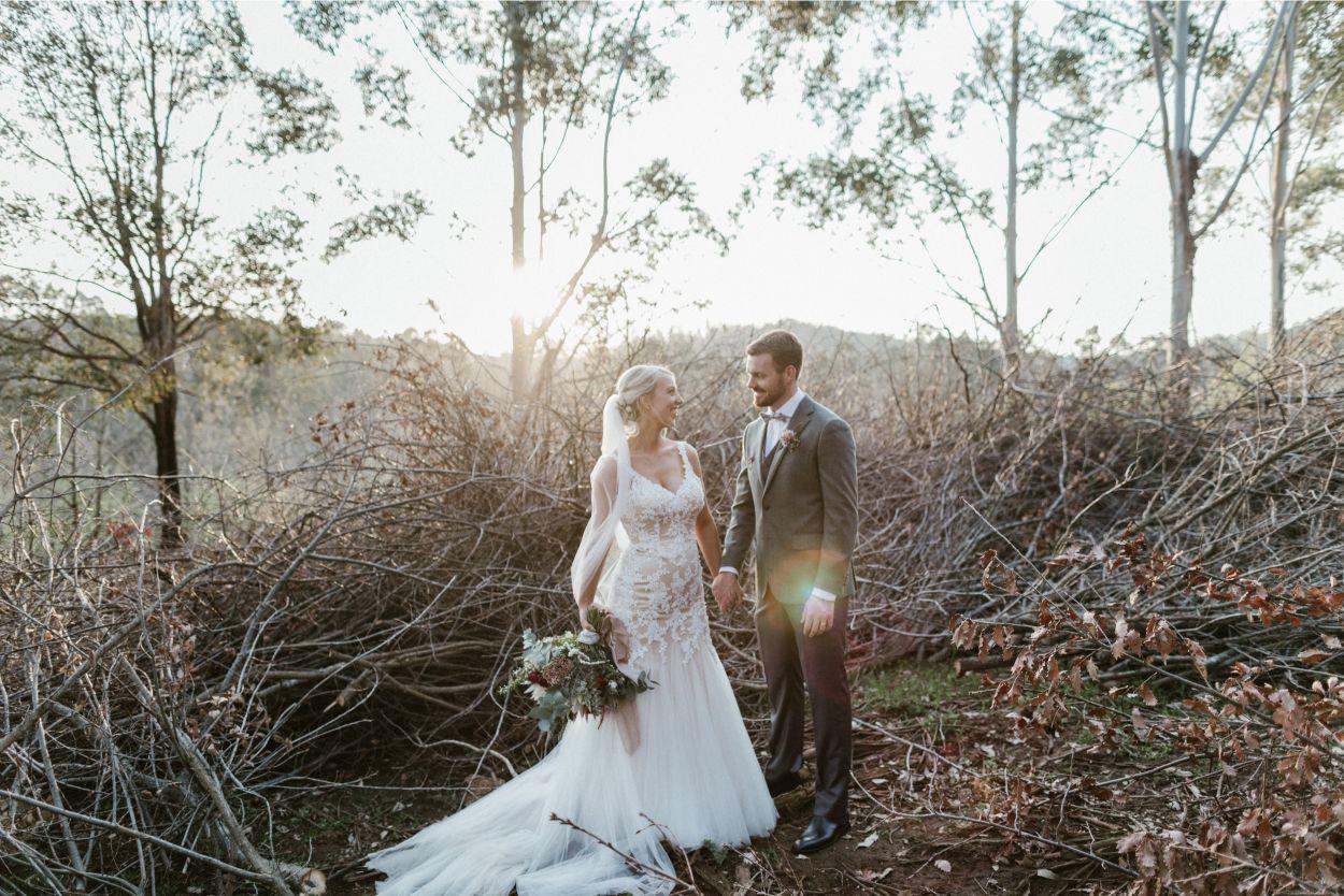 REAL WEDDING: EMMA + SCOTT | RUSTIC STONEBARN LODGE WEDDING PEMBERTON WA
