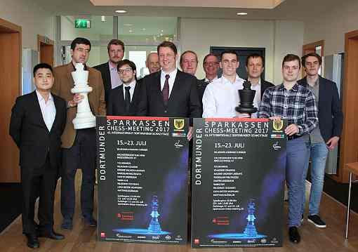 Les participants et organisateurs du tournoi d'échecs de Dortmund 2017 - Photo © site officiel