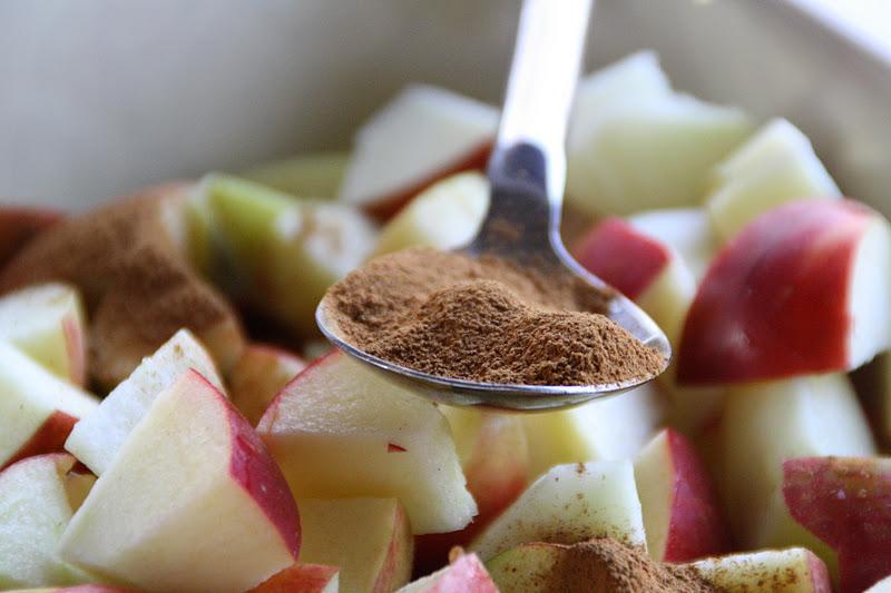 plat du jour dessert d 39 automne avec des pommes pic es efter rs dessert med krydrede bler. Black Bedroom Furniture Sets. Home Design Ideas