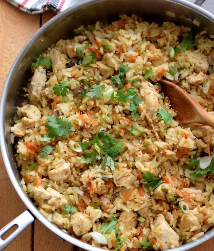 Receta arroz frito con pollo, tipo chino con vegetales