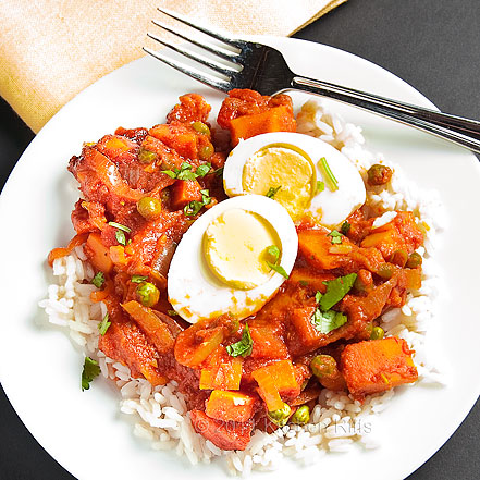 Sweet Potatoes in TOmato Curry Sauce with Hard-Boiled Eggs
