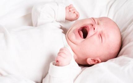 Alasan Mengapa Bayi Menangis