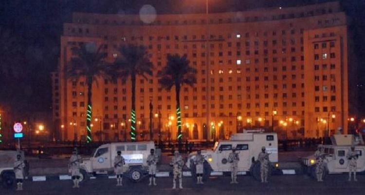 السبب الحقيقي لانتشار عدد كبير من عناصر الجيش و الشرطة بميدان التحرير
