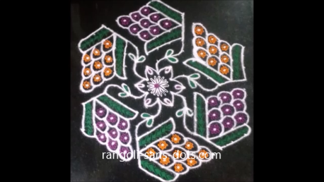 grape designs kolam-1a.png