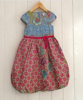 gaun batik anak perempuan
