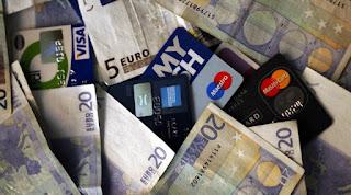 Μετρητά τέλος! Με χρεωστικές και πιστωτικές κάρτες πληρωμές φόρων