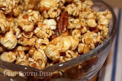recipe: butter crunch popcorn [11]