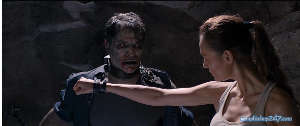 http://xemphimhay247.com - Xem phim hay 247 - Ngày Đẫm Máu: Xác Sống Trỗi Dậy (2018) - Day Of The Dead: Bloodline (2018)