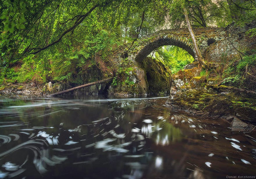Hermitage Bridge, Scotland - 20 Mystical Bridges That Will Take You To Another World