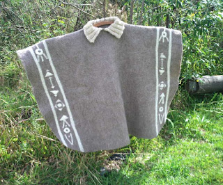 pala feltrado com lã de ovelha exposto ao ar livre