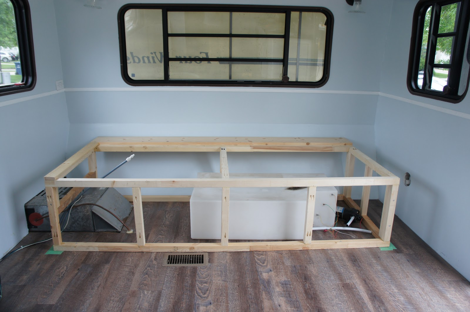 Alice Gets A Makeover Ep 12 Diy Rv Daybed