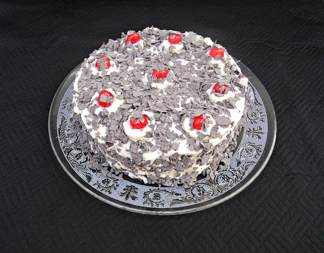 tarta-selva-negra-presentacion