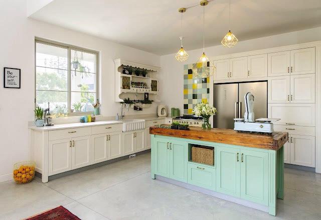 מטבח עם אי טורקיז גרנות עיצובים Granot design kitchen sample