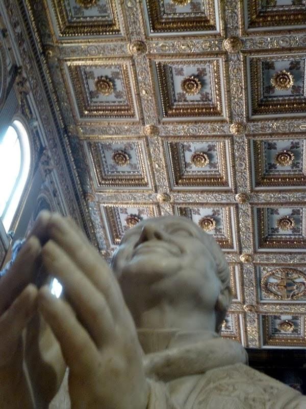Escultura Pio IX, Basílica de Santa Maria Maior