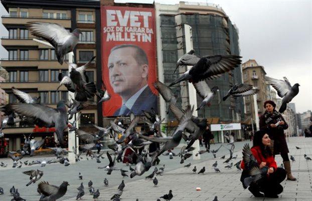 Μπορεί να χάσει ο Ερντογάν το δημοψήφισμα;
