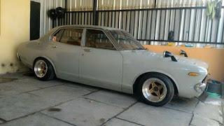 Buat Penggemar Sedan Retro Jepangan : Jual Datsun SSS 1976