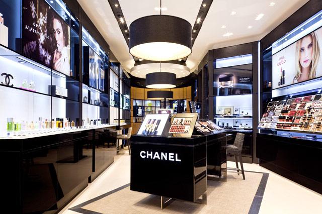 bbd7dc0ed373a Chanel inaugura nova loja de perfumes e beleza no JK Iguatemi ...