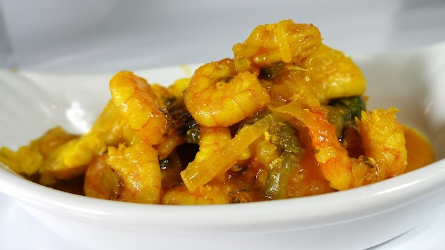 Recipes:- Coated Sole with Shrimp Sauce