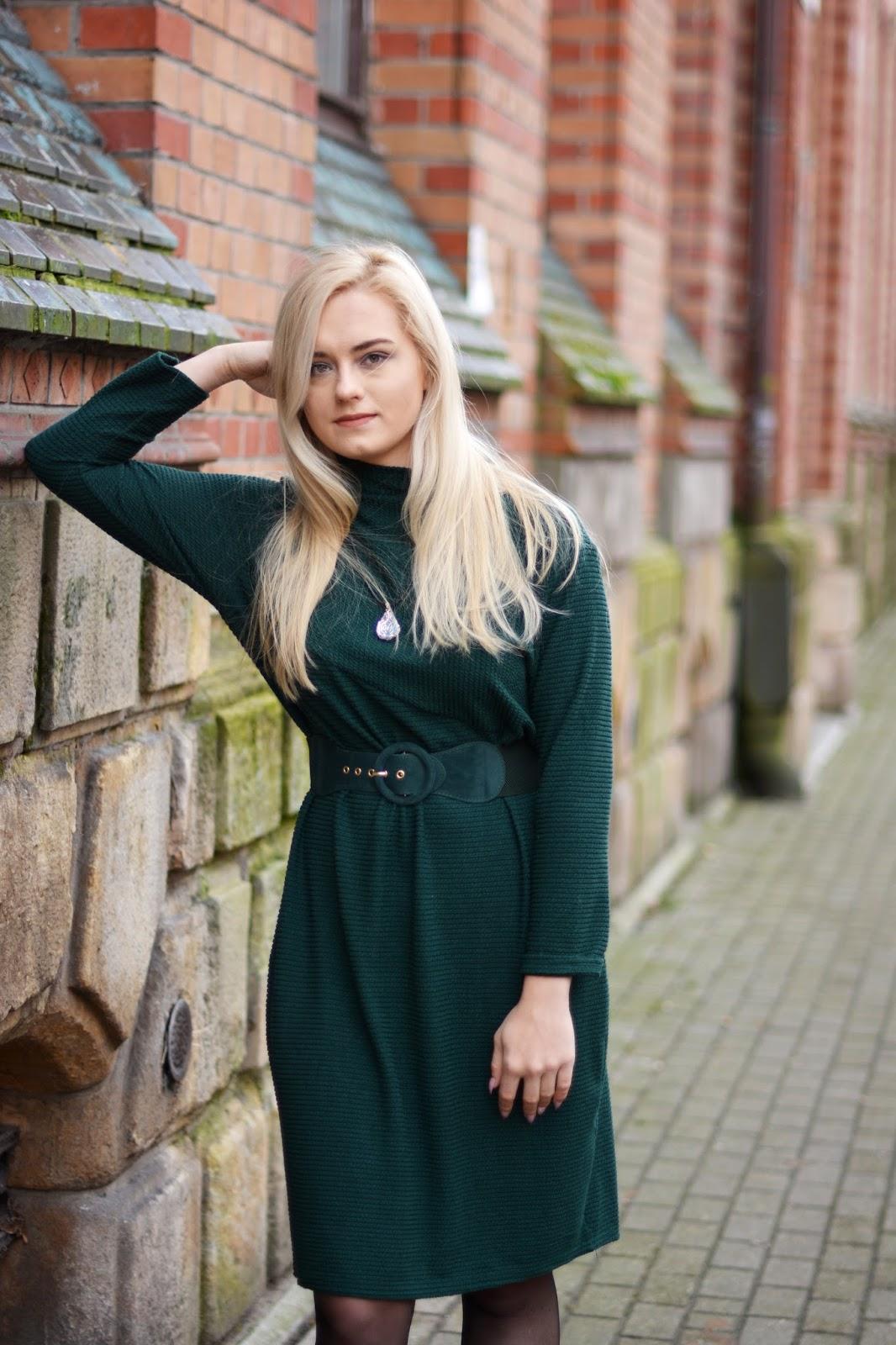 swetrowa sukienka jesień zima