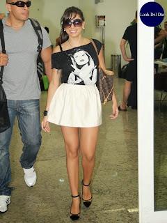 Anitta llega a Victoria