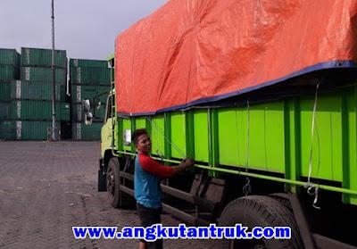 Sewa Truk dari Surabaya ke Jakarta murah