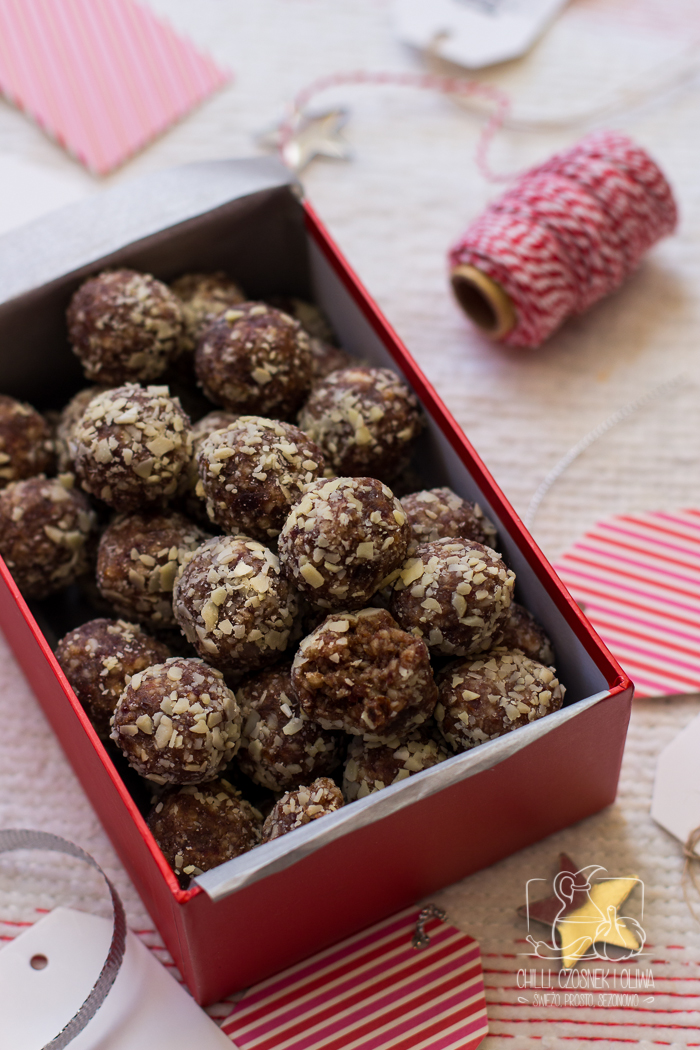 Jadalne prezenty: Marokańskie trufle daktylowe (bez cukru)