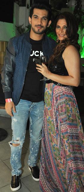 3. Arjun Bijlani and Sohanna Sinha