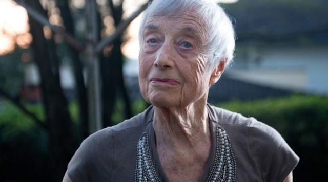 Colega de Anne Frank e sobrevivente do nazismo faz palestra no Museu do Holocausto