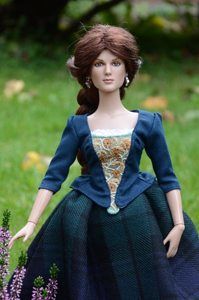 Handmade dress for Tonner doll.