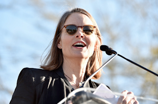Jodie Foster Leads Two Thousand at Hollywood's Anti-Trump Rally: 'It's Time to Engage'