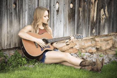 Chord Kunci Gitar Cinta dan Air Mata dari Fendik Adella