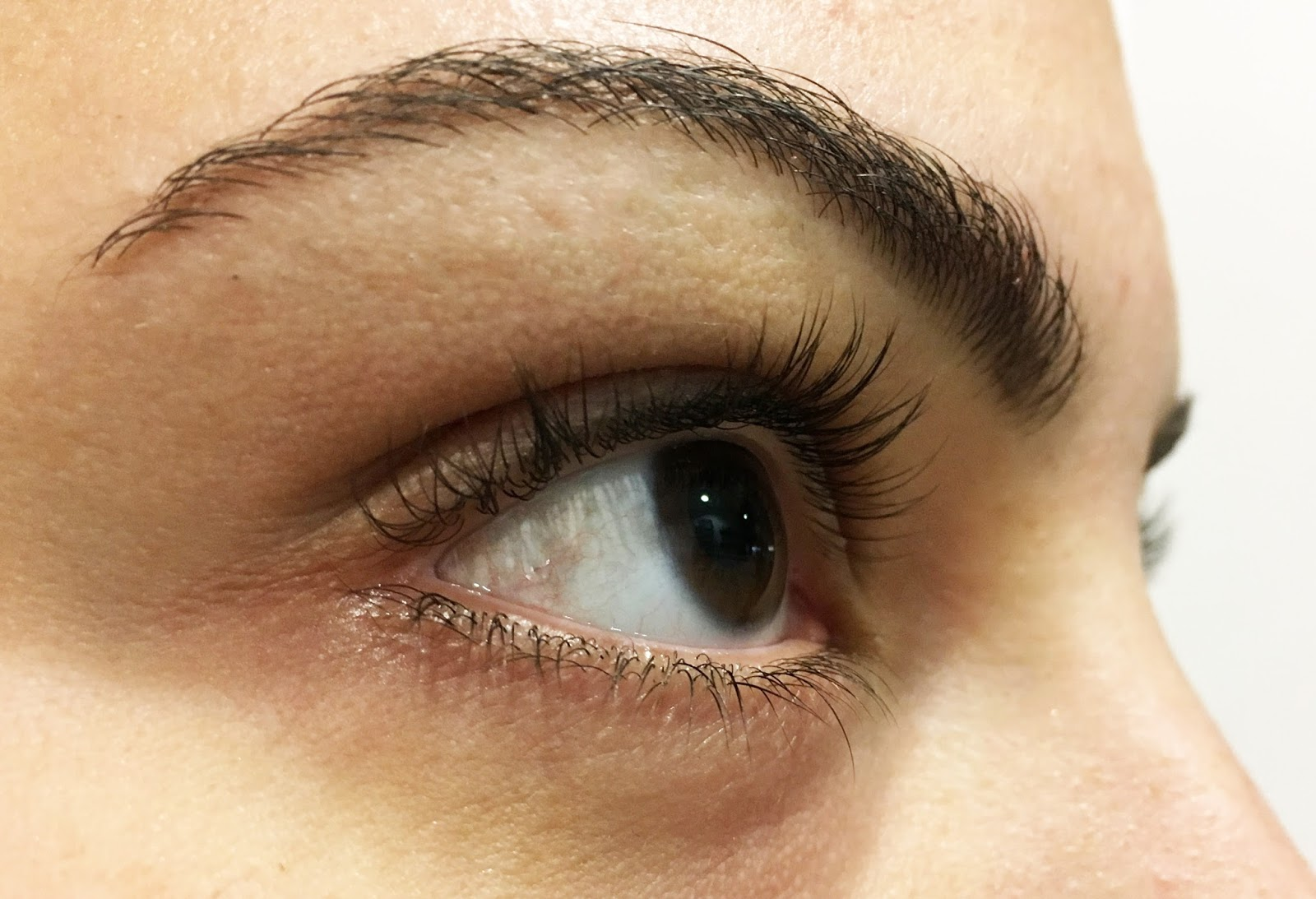 d81b5e0259c LVL is a natural solution to add Lift, Volume and Length to your natural  lashes to make them look fuller, thicker and longer.