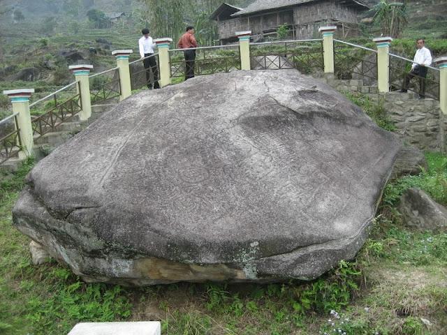 Nam Dan Ancient Rock Field in Xin Man District Ha Giang 2