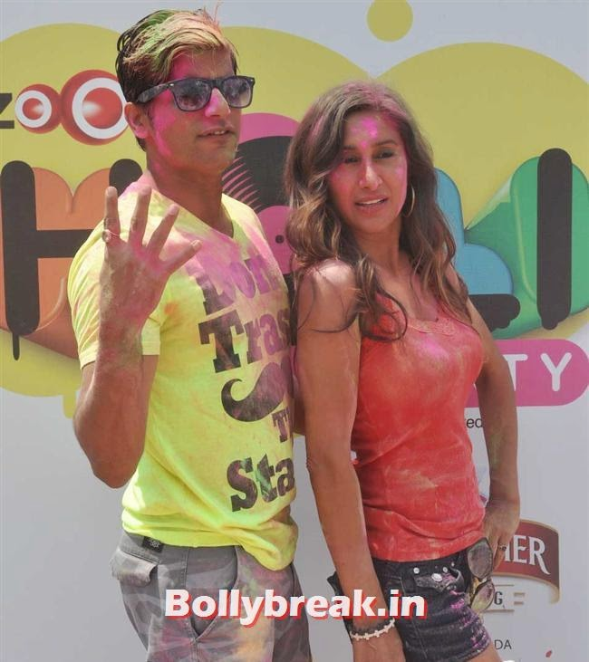 Teejay Sidhu and Karanvir Bohra, Sunny, Tanisha, Poonam & Kainaat at Zoom Holi Party 2014