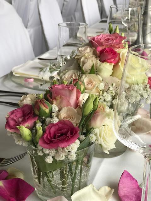 Tischdekoration, Hochzeit, , Riessersee Hotel, Garmisch-Partenkirchen, Bayern, Vintage, Rosen, Schleierkraut, Rosa, Pink, See und Berge