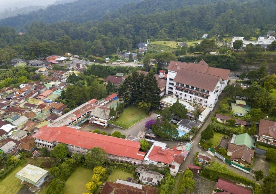 Hotel Bukit Indah terletak di Puncak Bogor, Jawa Barat