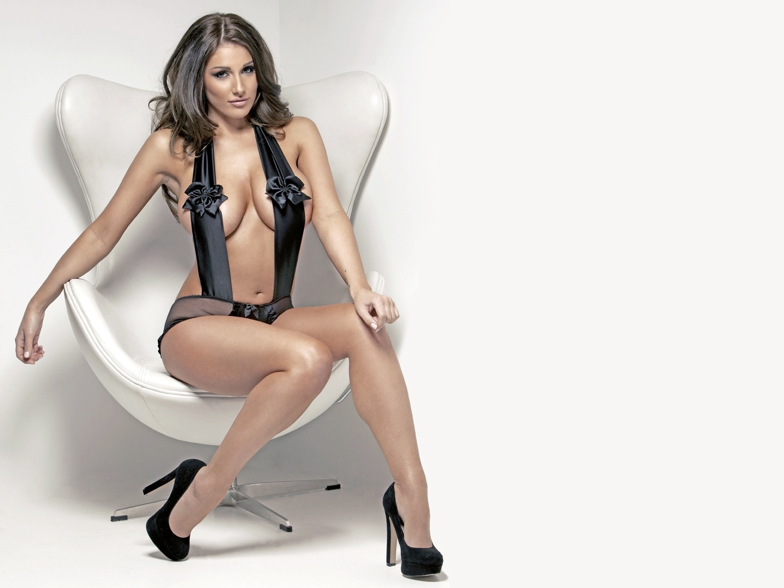 Makkhi Movie Hd Wallpaper Free Best Pictures Lucy Pinder Hot Amp Lucy Pinder Sexy