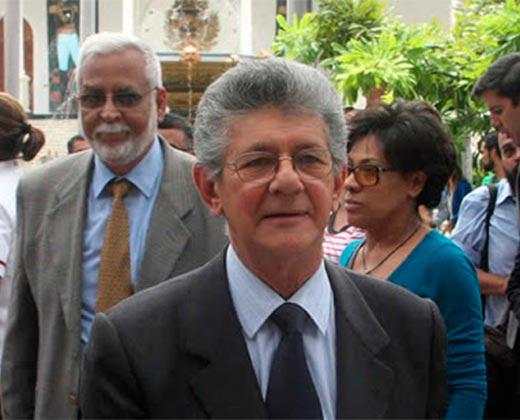 ¿QUIÉN LO APOYA? Henry Ramos Allup será precandidato a las primarias presidenciales