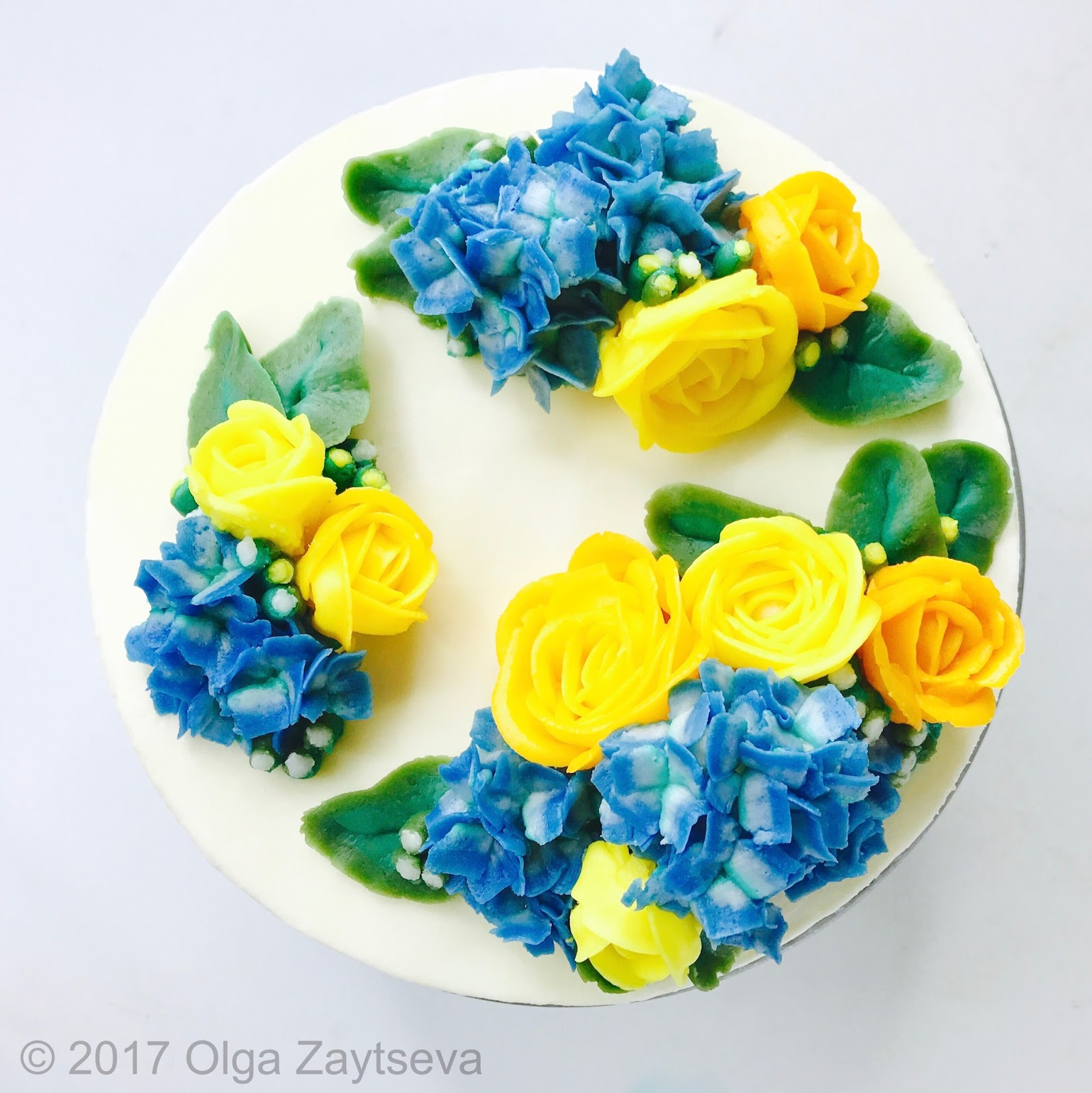 Yellow roses and hydrangeas flower clouds cake olga zaytseva yellow roses and hydrangeas flower clouds cake mightylinksfo