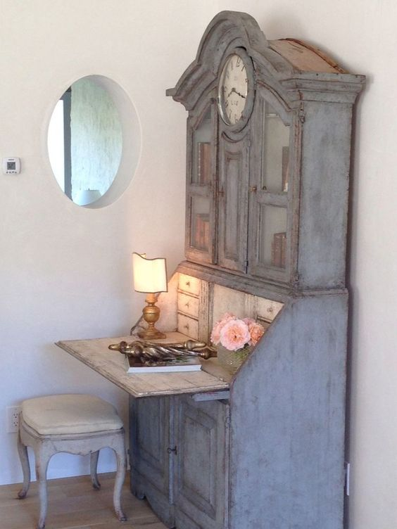 Beautiful Swedish antique secretary desk (Giannetti Home) - found on Hello Lovely Studio