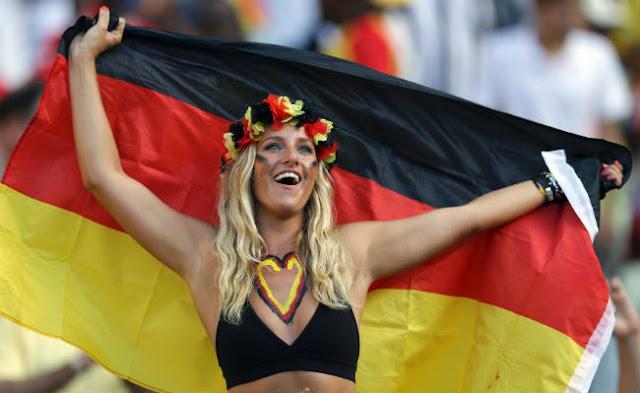 pendukung cantik dan seksi dari Jerman