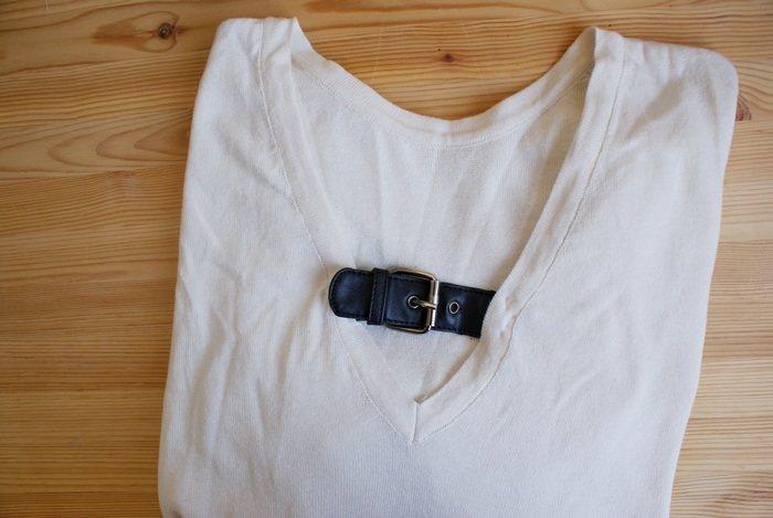 diy buckle belt neck sweater