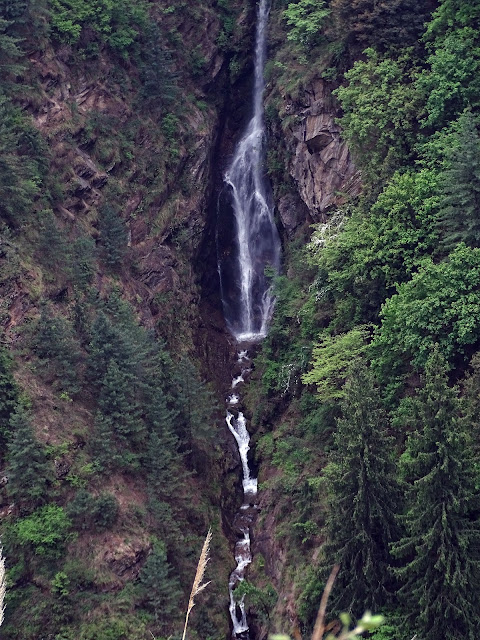 A Distant Waterfall, seen from Kheerganga Trek