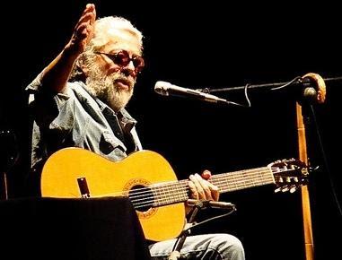 Foto de Facundo Cabral en el escenario