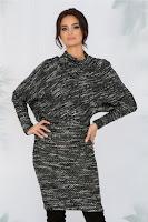 Rochie Leila neagra cu alb tricotata