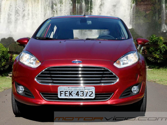 carro New Fiesta Hatch 2014
