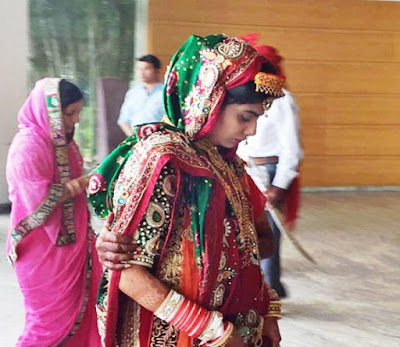 rivaba-solanki-in-traditional-red-green-outfit-for-wedding