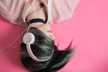 Benarkah Mendengarkan Musik Saat Hamil Bikin Bayi Cerdas..???
